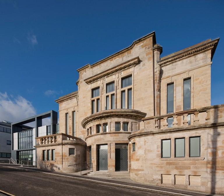image of kirkintilloch town hall