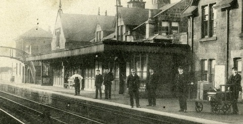 Image of Lenzie train station